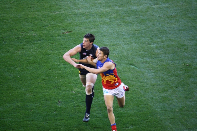 Matthew Kruezer battles it out at Etihad with his opponent, June 2011 (photo mine)