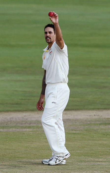 Mitchell Johnson celebrates his second five wicket haul (Getty Images)