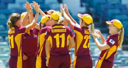 The Queensland Fire celebrate another ACT Meteors wicket @ the WACA (photo: Cricket Australia)
