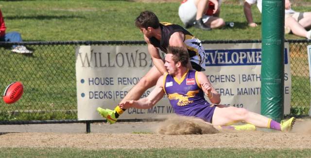 Justin Van Unen of Vermont soccers one through against Balwyn (photo: Davis Harrigan)