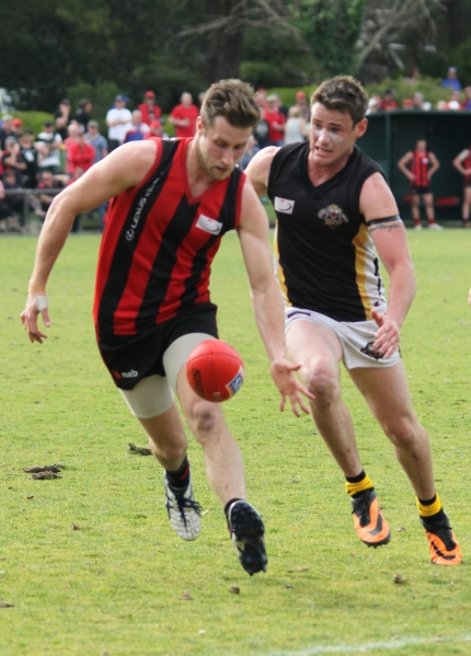 Blackburn is chased down by Balwyn in their 22 point loss at Ringwood (photo: Davis Harrigan)