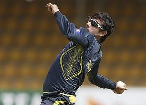 Saeed Ajmal in training (photo: Reuters/SMH website)