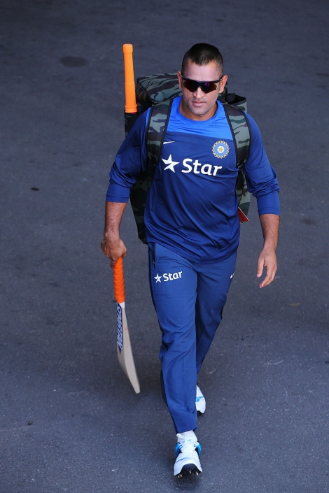 MS Dhoni at Adelaide - India will play without him