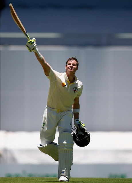 Steven Smith celebrates a century against India (photo: Getty Images)