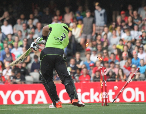 Jacques Kallis is bowled for a duck by James Pattinson (photo: Davis Harrigan)