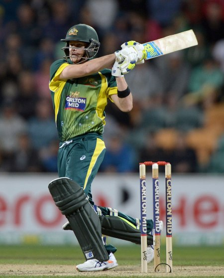 Steve Smith in the ODI Tri-Series (photo: Getty Images)