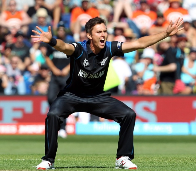 Trent Boult screams for an appeal (photo: ICC)