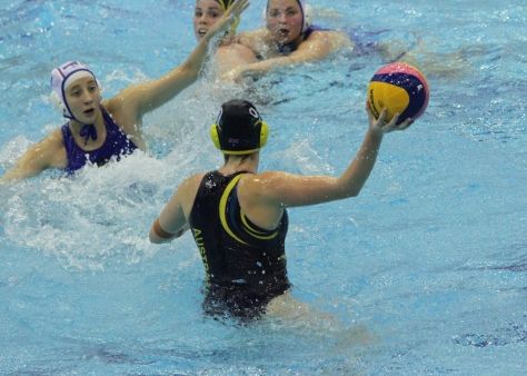 Australia takes on Russia in the women's semi-final (photo: Davis Harrigan)